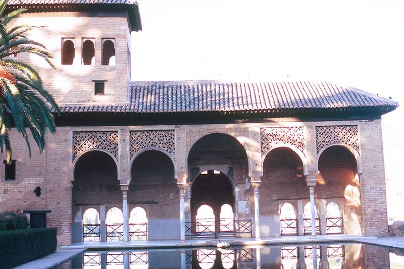 granada alhambra palast el partal andalusien spanien