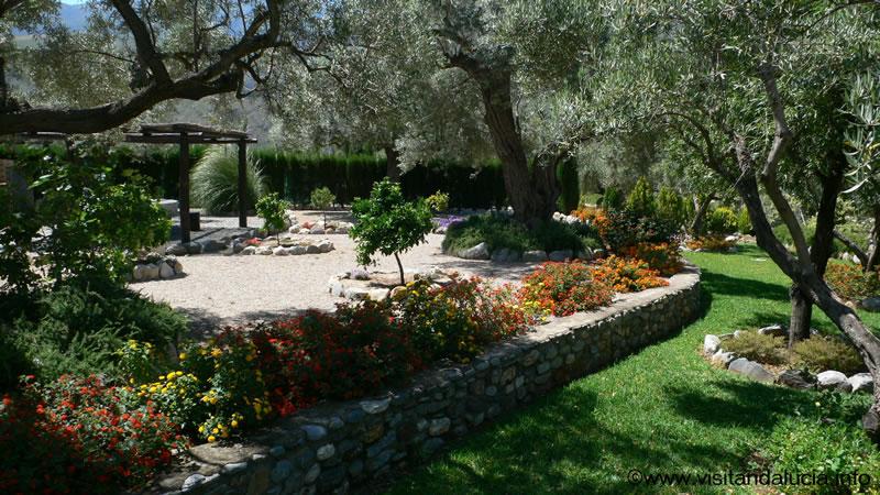 orgiva alpujarras holiday rental villa finca rio seco garden