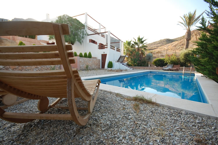 almeria las negras ferienhaus casa la palmera schwimmbad, terrasse und haus