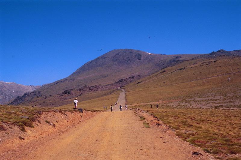 sierra nevada bergen mulhacen wanderer alpujarras nationalpark