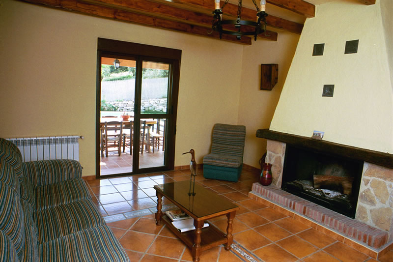 el torcal holiday rental bungalow casa la parada livingroom