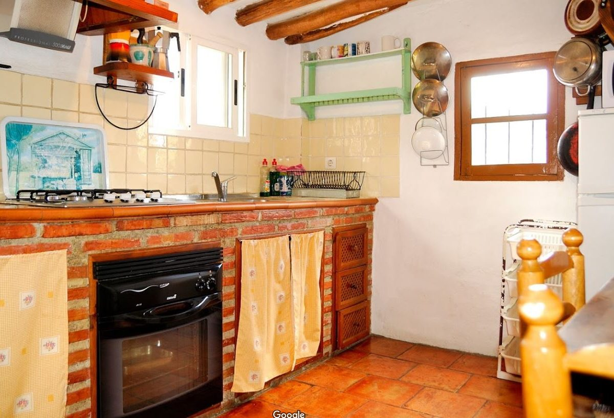 Lecrin valley, Conchar, holiday rental Casa el Concejo kitchen