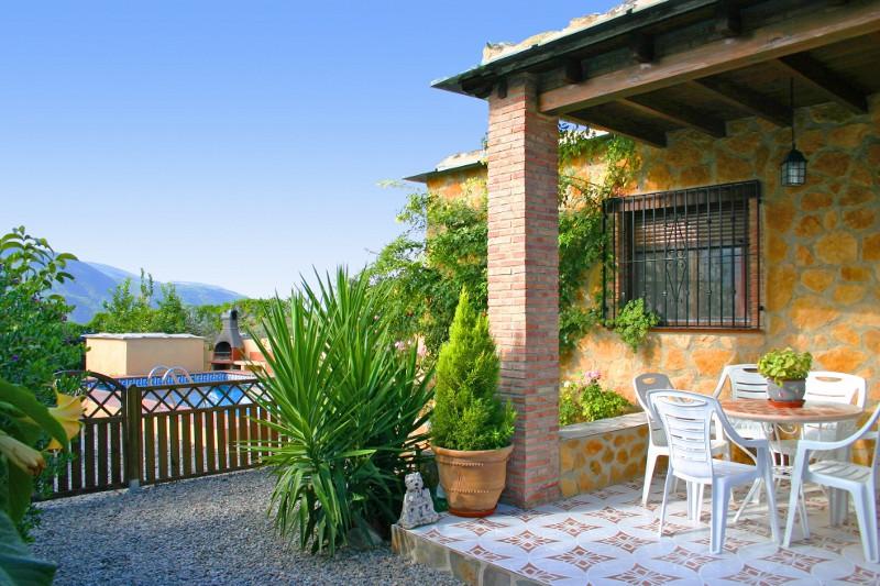 ferienhaus bungalow cortijo limon orgiva alpujarras terrasse