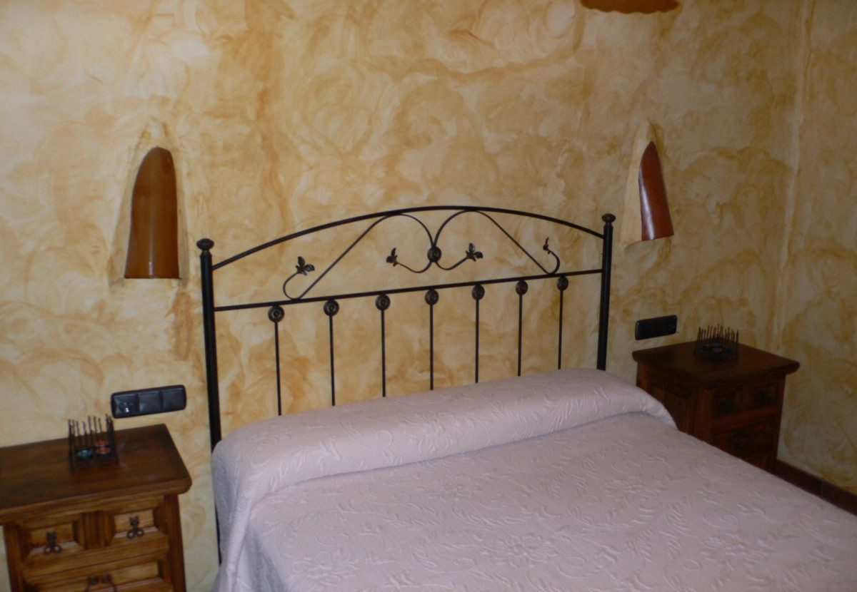 la alpujarra cortijo capilerilla holiday cottage bedroom 2
