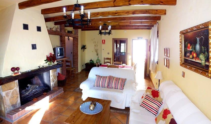 el torcal holiday rental bungalow casa la parada livingroom 2*