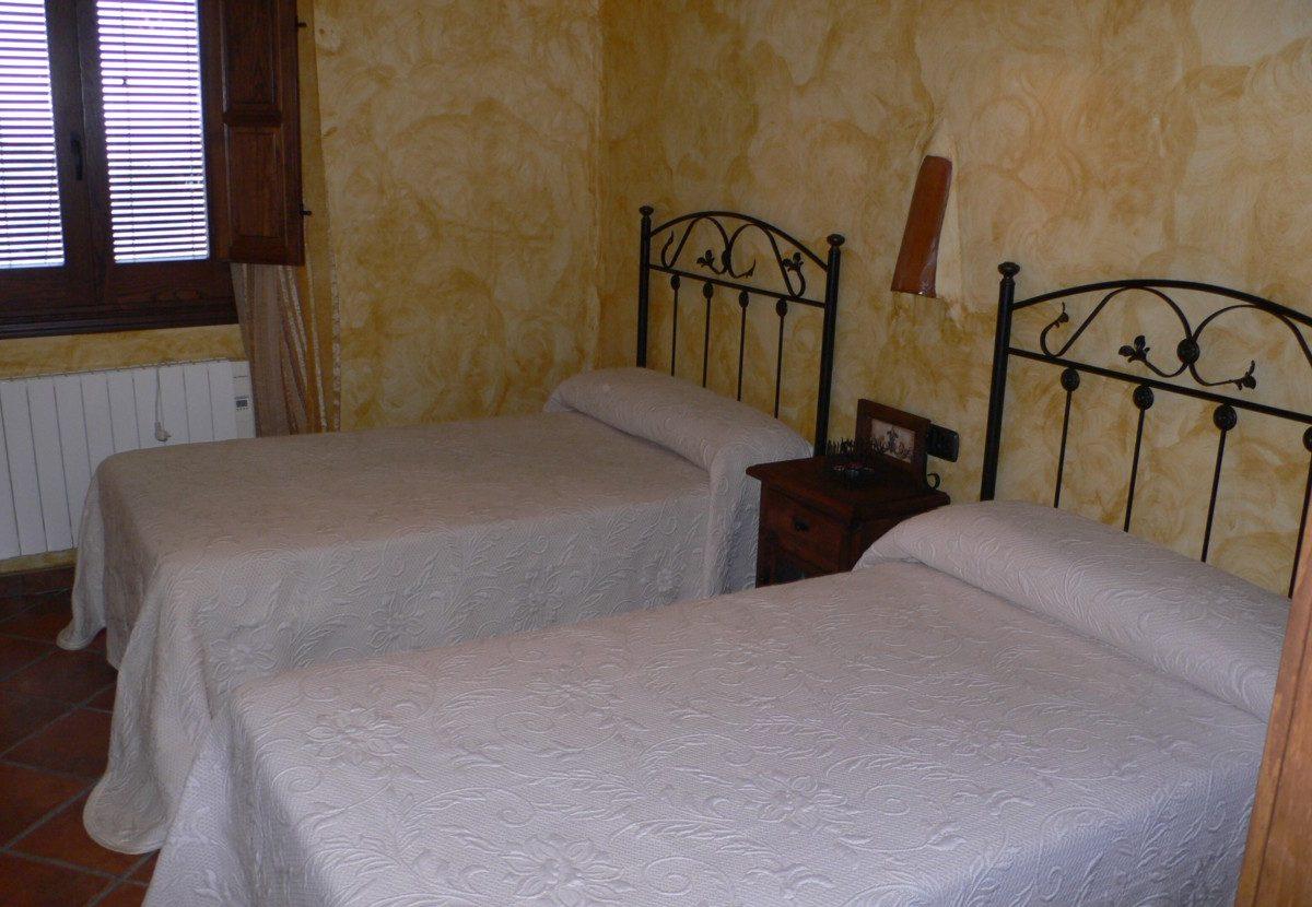 la alpujarra cortijo capilerilla vakantiehuis slaapkamer