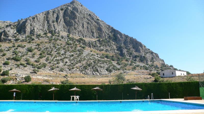 villaluenga del rosario cadiz öffentliches schwimmbad spanien