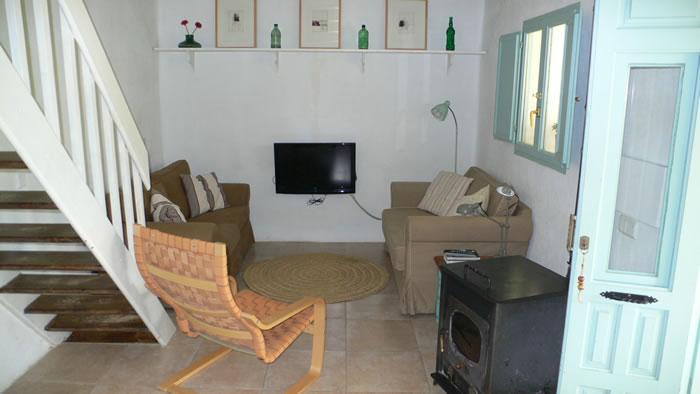 sierra de las nieves holiday rental la cabra verde house livingroom seagreen