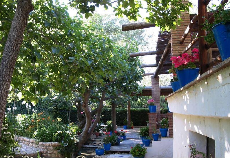 wassermühle los molinos padul granada andalusien garten und terrasse 2