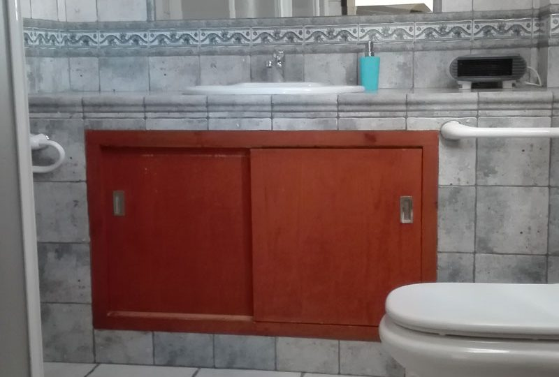 cordoba casa zagrilla holiday rental house bathroom