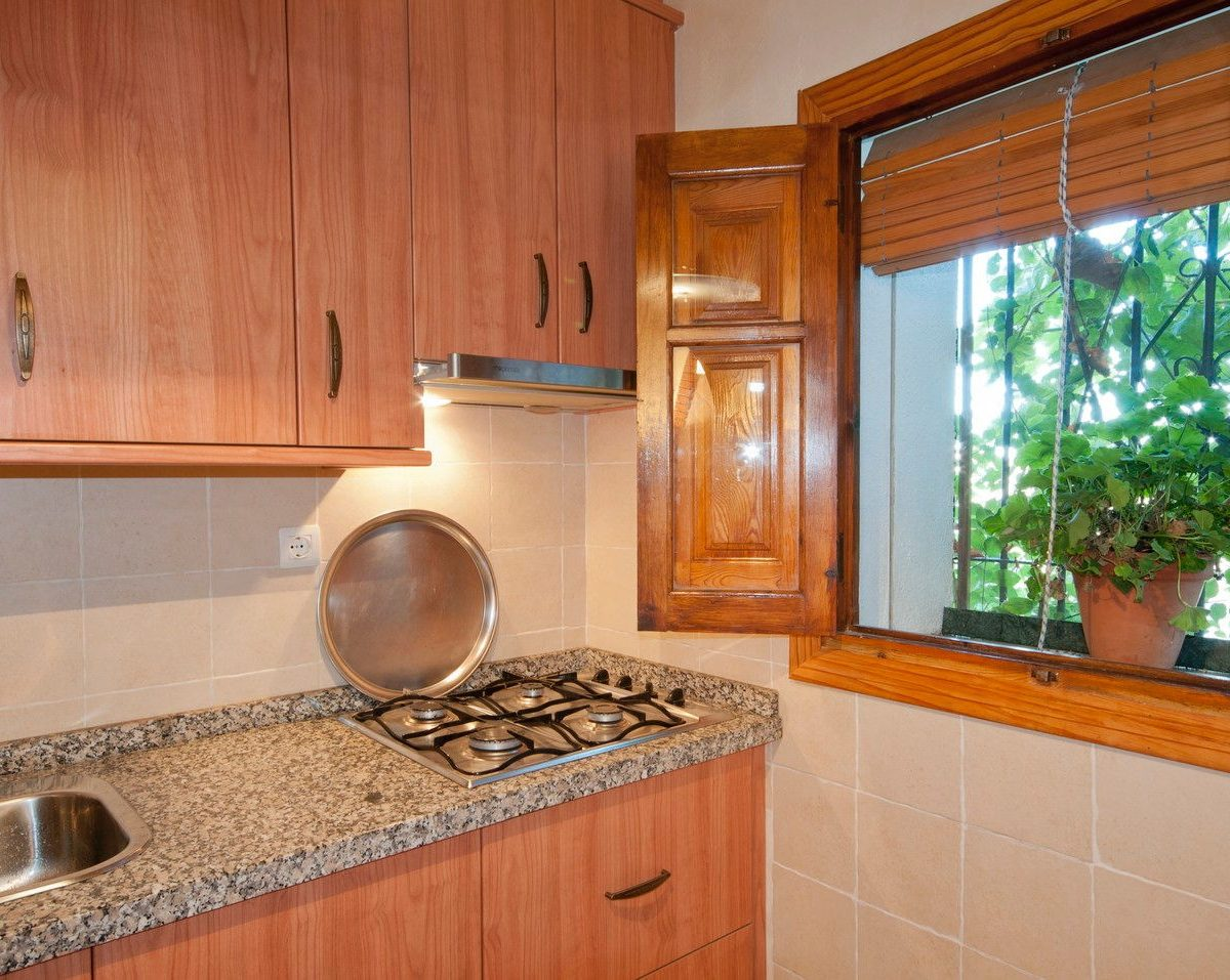 holiday rental casa launa pitres alpujarra kitchen
