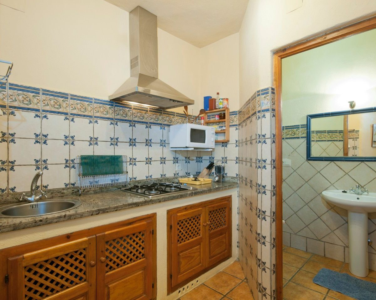holiday rental bubion alpujarras casa de la luz kitchen